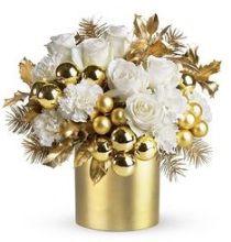 Mazzo Di Fiori 50 Anni.Bouquet Di Fiori Per 50 Anni Di Matrimonio Composizioni Floreali
