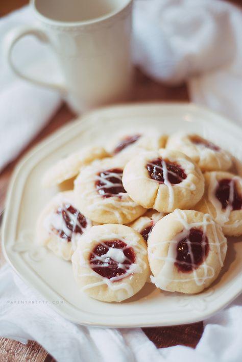 Raspberry almond shortbread cookies (use vegan butter to make vegan)