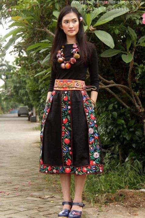 Hungarian Embroidery Stitch Batik Amarillis made in Indonesia proudly presents Batik Amarillis' folklore