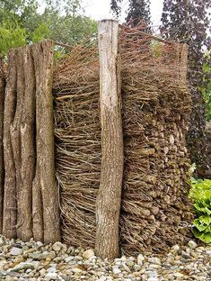 Totholz Totholzzaun Totholz Naturgarten Deadwood Wildlife Garden Garten
