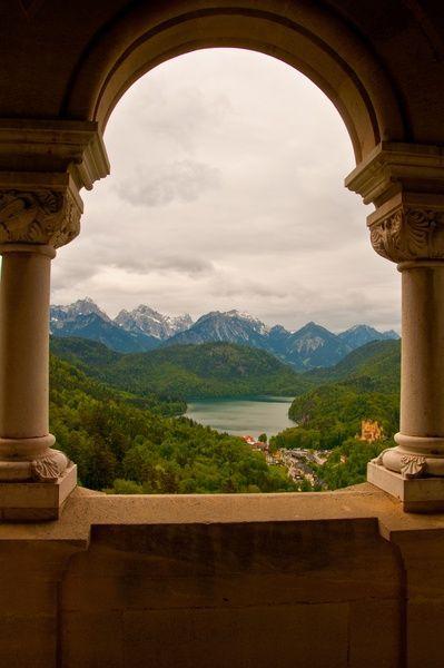 Ludwig S Balcony Inside Neuschwanstein Castle Bavaria Castles Deutschland Burgen Neuschwanstein Schone Aussicht