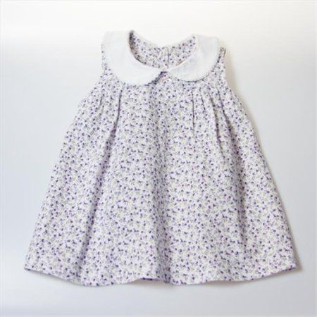 This timeless classic features a Peter Pan collar to complement the cotton flower print. The lightweight material and open design will keep your little love fashionable on even the hottest days! Toddler Dress, Baby Dress, Dress Girl, Little Girl Dresses, Girls Dresses, Peter Pan Collar Dress, Baby Clothes Patterns, Frock Design, Smock Dress