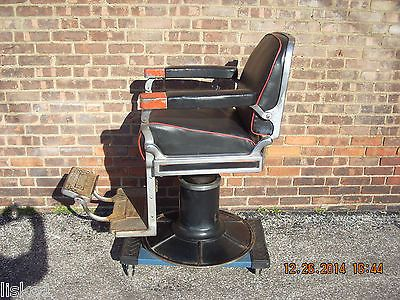 Theo Koch Barber Chair, Fully Functional Chair, Reclines For Shaves, Locks