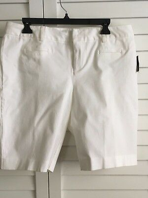 INC International Concepts NWT Women/'s Bermuda Shorts