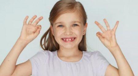فوائد اوميغا 3 للاطفال Peace Gesture Okay Gesture Peace