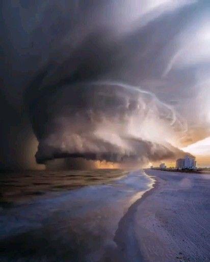 Hurricane Dorian off the coast of Florida. Nature is powerful #hurricane #nature #storm #Florida