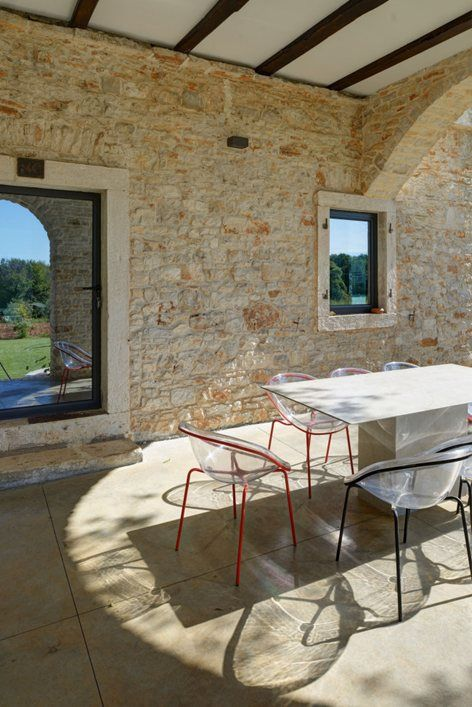A Modern Reconstruction Of An Old Stone House, Architectural Office  TOBIS Inzenjering / Croatia