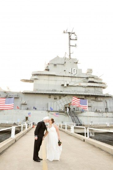love military weddings!!  so much love!