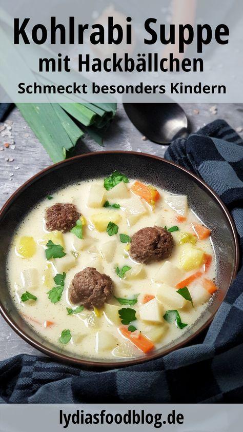 Der herzhafte Kohlrabi Suppentopf mit Hackbällchen sorgt für ein wohlig sattes Bauchgefühl und bietet sich nicht nur als Mittagsgericht an, sondern schmeckt auch am Abend. Ein einfaches Low Carb Gericht für die ganze Familie das unkompliziert und schnell gemacht ist. Diese Kombination aus Kohlrabi und Hackfleisch ist der Beweis, wie lecker die Low Carb Küche sein kann. #lowcarb #kohlrabi #suppe #eintopf #einfach #günstig #rezept #lydiasfoodblog