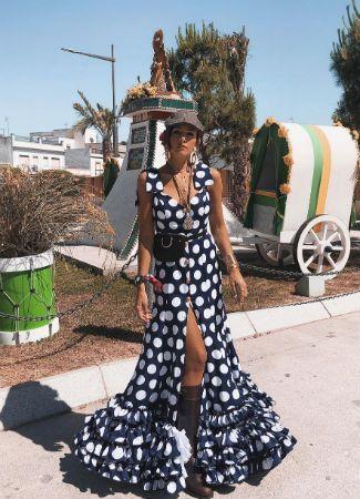 725b6fbfe Looks de las famosas e influencers que van al Camino y El Rocío 2018 ...