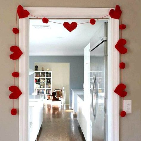Valentine's Day decorations and crafts, Valentine's Day home decor, Valentine's Day DIY, Valentine's Day tablescape, Valentine's Day drinks #diyvalentinedecorations #valentinesdaydecor #valentinepartydecorations