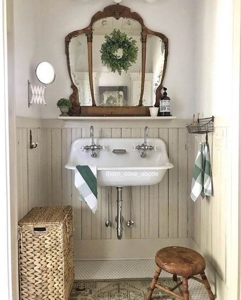 Painted bead board adds a historic feel to this bathroom! - cottage farmhouse bathroom elements Vintage Bathroom Decor, Vintage Bathrooms, Chic Bathrooms, Diy Bathroom Decor, Farmhouse Bathrooms, Bathroom Sconces, Bathroom Cabinets, Budget Bathroom, Ikea Bathroom