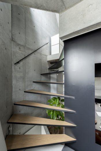 10坪敷地での家づくり空間を家具化 家具を空間化して住まう 画像あり