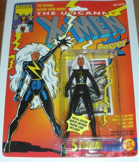 X-Men STORM Marvel Comics Vintage 1993 Includes Marvel Universe Trading Card /& Power Glow
