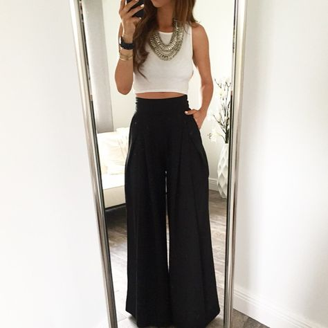 19 Cheap Palazzo Pants You Must Buy - Fashion Outfit IdeasBlack I just adore this pair of palazzo pants. This palazzo pants go well with all my tops and blouses and shirts. Best List of amazing list of Palazzo Pants Outfit for Work,