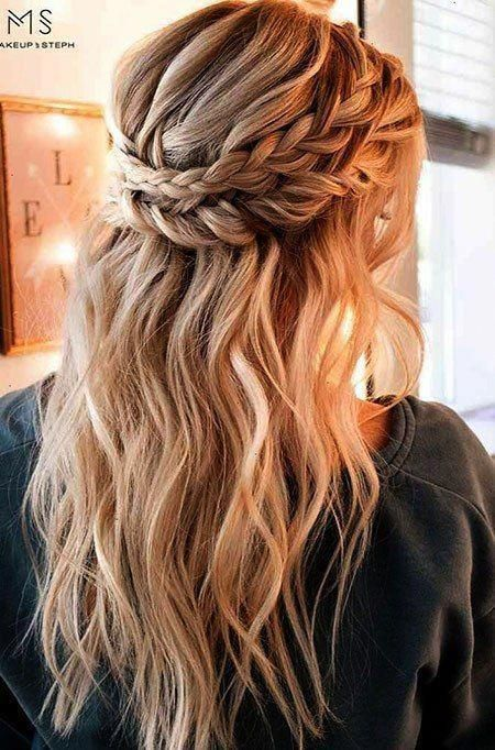 Pin By Zonaina Rajpoot On Free Download In 2020 Easy Hairstyles For Long Hair Cute Simple Hairstyles Long Hair Styles