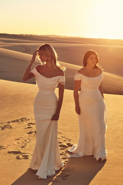 We've Got the First Look at CHOSEN by One Day's Desert Rose Collection! - Green Wedding Shoes bride in off-the-shoulder wedding dress from CHOSEN by One Day Source by dmarckwardt Wedding Guest Outfits Uk, Dream Wedding Dresses, Bridal Dresses, Wedding Gowns, Mermaid Dresses, Lace Wedding, Fashion Wedding Dress, Dress For Wedding Guest, Mermaid Wedding