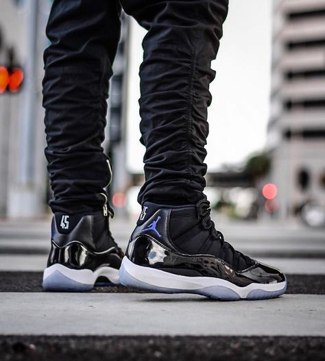 separation shoes 86d38 1d8b5 shoesusa on in 2019   Shoes   Pinterest   Shoes, Sneakers nike and Air  jordans