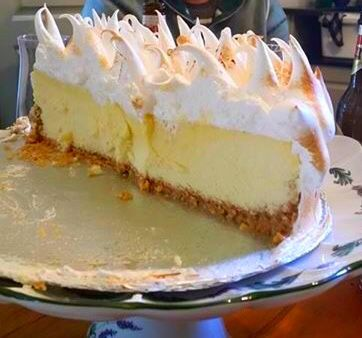 Topped With The Fluffy Meringue Mmmmm And It Prevents Scurvy My Mom First Made It For Us When African Dessert Lemon Meringue Recipe Meringue Pie Recipes