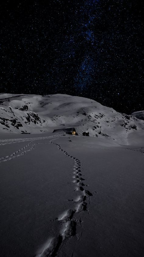 70 Ideas Wall Paper Iphone Winter Night In 2020 Winter Wallpaper Iphone Wallpaper Winter Iphone Wallpaper Mountains
