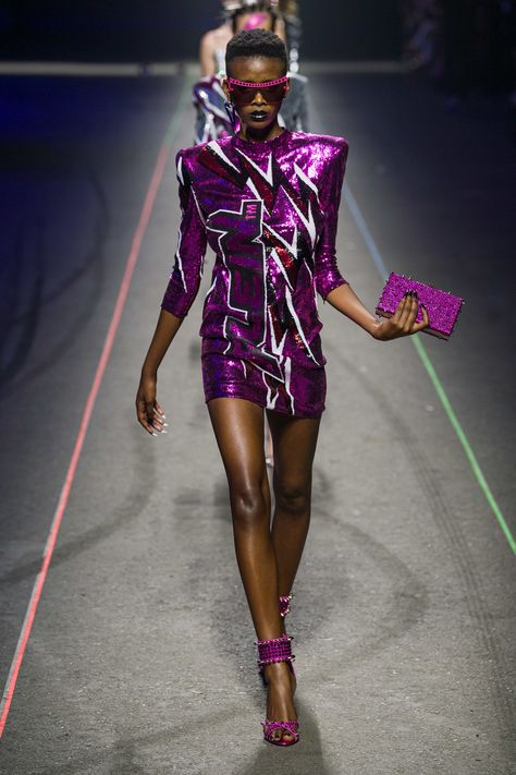 Philipp Plein Spring 2020 Menswear Fashion Show Collection: See the complete Philipp Plein Spring 2020 Menswear collection. Look 66