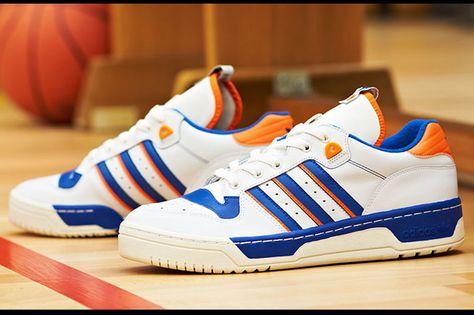 adidas Rivalry Low OG Knicks (weiß blau)   43einhalb Sneaker Store
