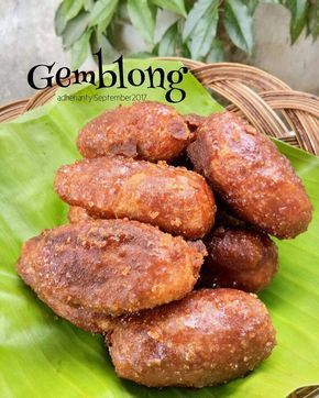 Jajanan Pasar Yang Manis Menggoda Food And Drink Food Snacks