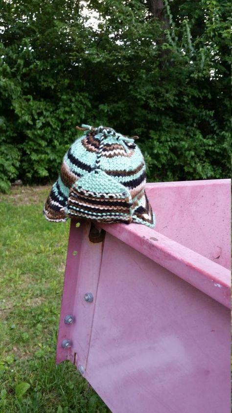 Green Camo Ear Flap Hat Preemie Trapper Newborn Hospital Hat Baby Winter Deerstalker  Cap Brimmed She 70ff80ca9d4