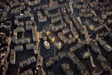 YannArthusBertrand2.org - Fond d écran gratuit à télécharger    Download free wallpaper - Cité nouvelle à Sétif, Algérie