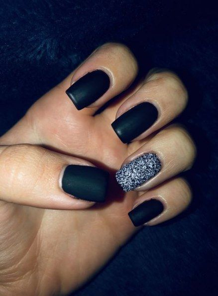 65 Trendy Nails Design Black Ring Finger Black Nail Designs Nail Designs Glitter Nail Designs