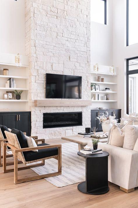 Becki Owens Family Ties Custom Build featuring Hardwood Floors - monarchplank Fireplace Built Ins, Home Fireplace, Living Room With Fireplace, Fireplace Design, Home Living Room, Living Room Designs, Living Room Decor, Living Spaces, Modern Fireplace