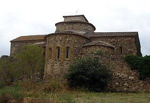 Sant Miquel De Cruïlles Is A Benedictine Monastery In Cruïlles Monells I Sant Sadurní De L Heura Catalonia Spa Romanesque Benedictine Monastery House Styles