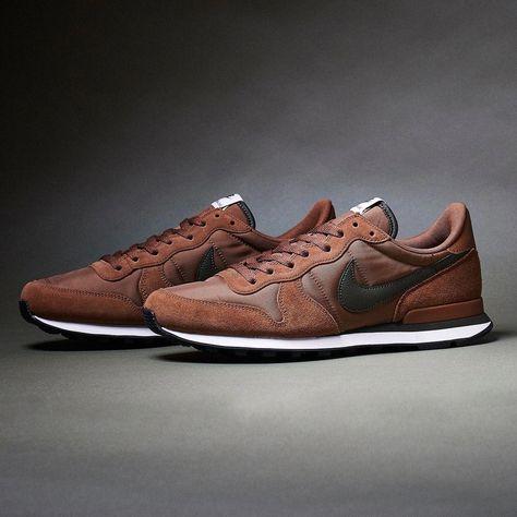 Nike internationalist: brown/black brown sneakers, retro sneakers, casual s