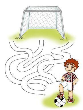 Ausmalbild Labyrinthe Fur Kinder Labyrinth Fussball Kostenlos Ausdrucken Labyrinthe Fur Kinder Kindergeburtstag Fussball Fussball Geburtstag