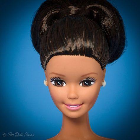 1990 BIG HAIR BARBIE  HOT PINK PENCIL BOX OR CASE