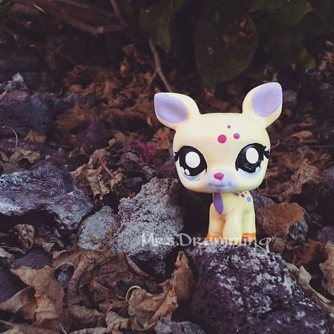 I adore LPS deer. This custom I made is my favorite :) #LPS #Littlestpetshop #custom #OOAK #handpainted