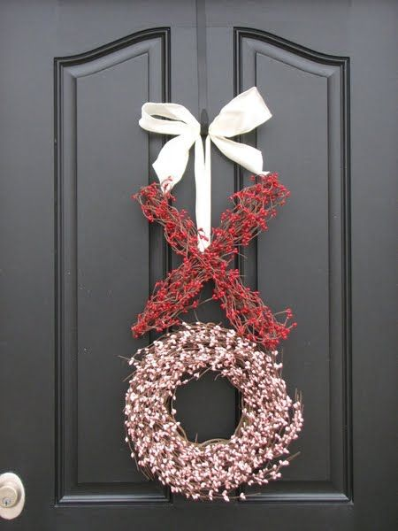 Will make one to match color inside my home too. Valentine's Day Decor