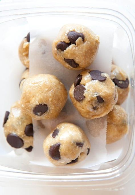 Healthy No-Bake Chocolate Chip Cookie Dough Bites. Im SO doing this! .