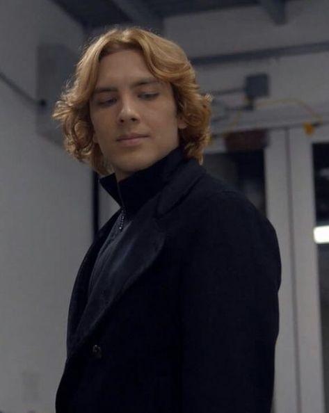 Lxngdon ☾ — Cody Fern as Michael Langdon in American