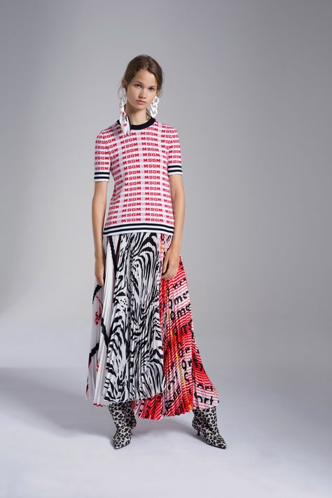 MSGM Resort 2019 Fashion Show Collection: See the complete MSGM Resort 2019 collection. Look 30
