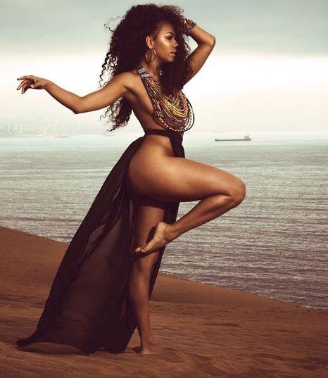 Betsy Camino Sorprende Con Nuevo Desnudo Artístico La Modelo Cubana