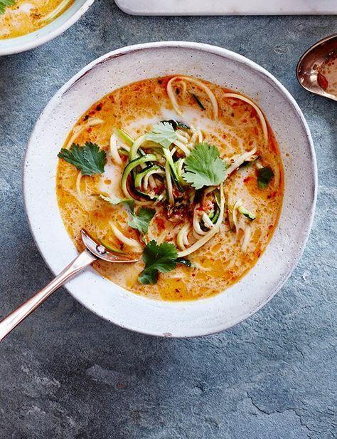 Thai Coconut Courgetti Soup