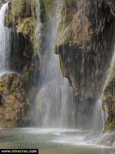 Www Mirecreo Com Nacimiento Del Rio Cuervo Vega Del Codorno Serrania De Cuenca Cuenca Turismo Tourism Mirecreo Viaje Serrania De Cuenca Turismo Cascadas