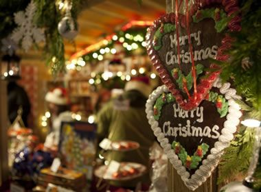 Vancouver Christmas Market November 24 December 24 A German Christmas Market Tradition Comes To Vanco Vancouver Christmas Market Christmas Market Holiday
