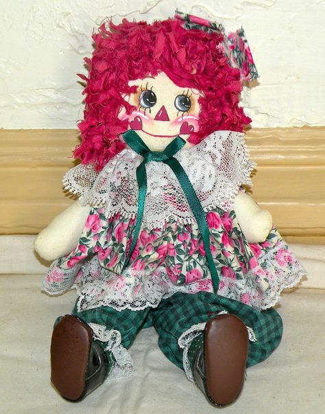 """Cute 10 ½"""" Handcrafted Raggedy Ann with lots of detail"""