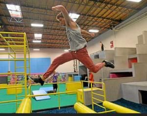 Hollywood Stunt Actors Foster Parkour Freerunning At Chatsworth Gym Parkour Chatsworth Free Running
