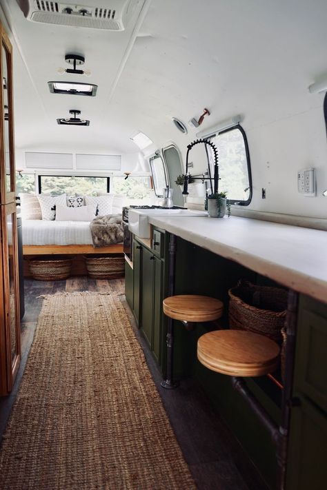 Van Home Layout 652670170987617491 - airstream interior 2020 Vintage Campers Source by Airstream Living, Airstream Remodel, Airstream Renovation, Airstream Interior, Vintage Airstream, Vintage Campers, Airstream Decor, Vintage Caravans, Vintage Trailers