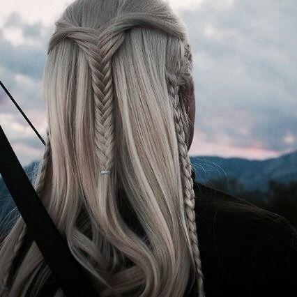 A Reminder That Legolas Had A Upside Down Fishtail Braid As His Hairstyle Fish Tail Braid Hair Styles Easy Fishtail Braid