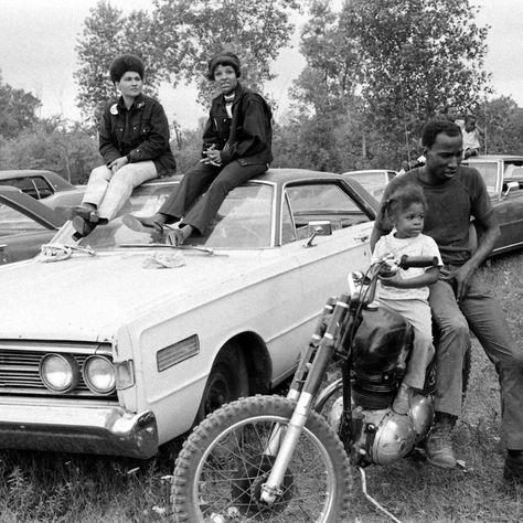 Photographs taken in Detroit and Romulus, Michigan by John Shearer (1971)