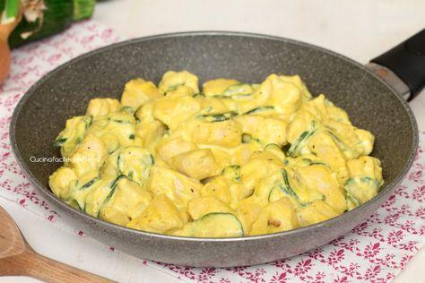 Bocconcini di pollo allo zafferano e zucchine cremosissimi